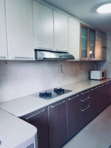 Karen N's kitchen in HDB that was sold by a top Property Agent from Propseller